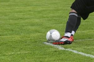 Exercícios para emagrecer - Futebol é um dos grandes aliados no emagrecimento, mas exige tempo e deslocamento até o local para prática
